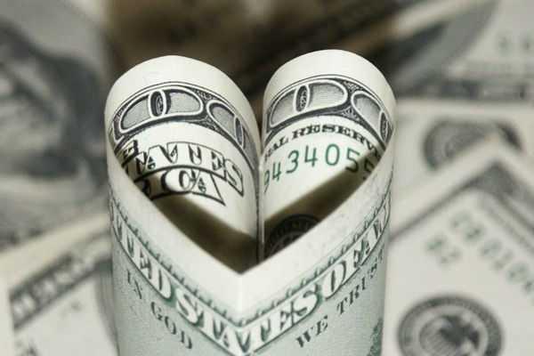 Счастливая купюра притягивает богатство