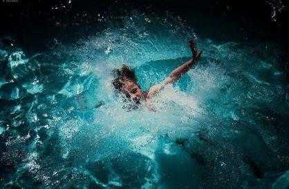 Сонник: плавать, плавание – к чему снится