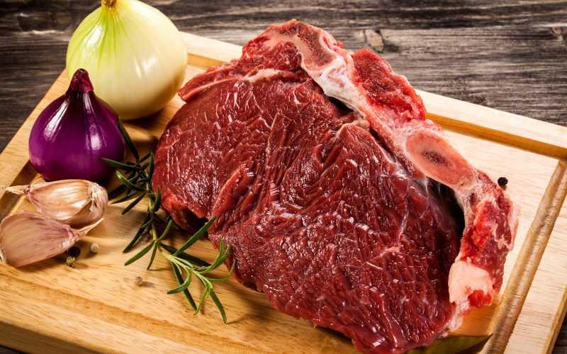 Сонник сырое мясо − к чему снится