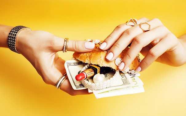 7 причин не одалживать денег родным и друзьям!