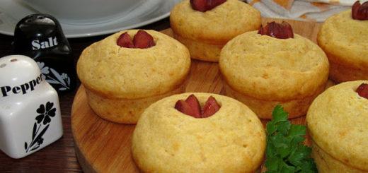 Закусочные кукурузные кексы с сосиской