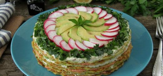 Кабачковый торт с начинкой из феты, авокадо и икры мойвы