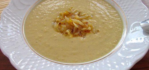 Нежнейший луковый крем-суп