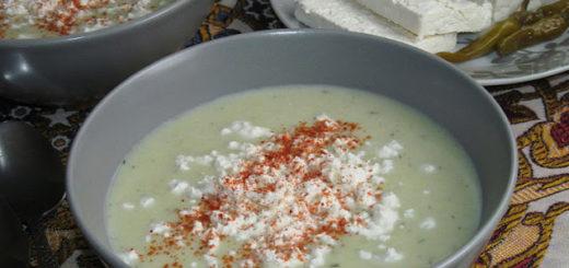Суп-пюре из лука порея по-турецки (Pırasa çorbası)