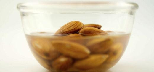 Почему орехи надо замачивать перед тем, как есть?