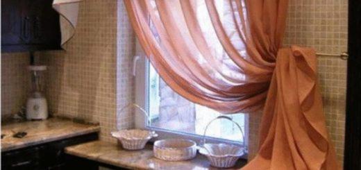 20 чудесных идей, как украсить окно на кухне шторами.