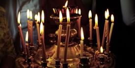 Церковная свеча коптит, не зажигается или тухнет  - что это значит