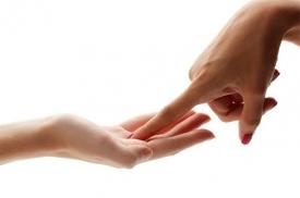 Что означают родинки на ладонях и пальцах рук