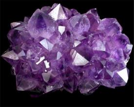 Розовый кварц - лечебные и магические свойства