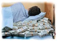 К чему сняться бумажные деньги в сонниках Миллера, Фрейда, Ванги