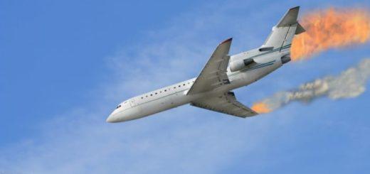К чему снится падающий самолёт во сне по различным сонникам