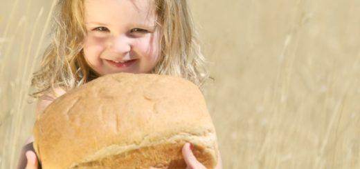 К чему снится есть хлеб по сонникам Миллера, Фрейда, Ванги, Лоффа, Цветкова и Хассе