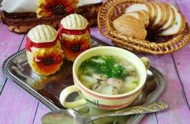 Суп с белыми грибами на мясном бульоне: пошаговый рецепт с фото