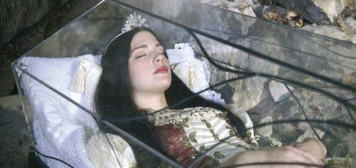 К чему снится видеть себя в гробу по сонникам Миллера, Лоффа