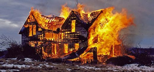 К чему снится сгоревший дом по сонникам Миллера, Фрейда, Ванги