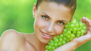 К чему снится есть виноград по сонникам Миллера, Фрейда, Эзопа, Цветкова