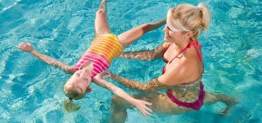 К чему снится плавать по сонникам и толкованиям основных значений