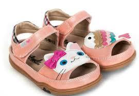 К чему снится детская обувь по сонникам Миллера, Фрейда, Цветкова, Лоффа