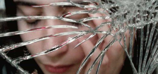 Что значит разбить зеркало во сне?