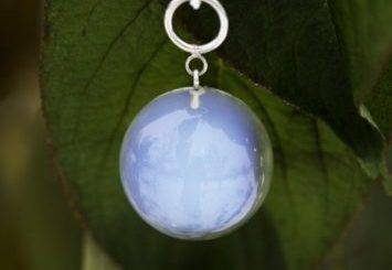 Камень опалит: происхождение, преимущества, свойства