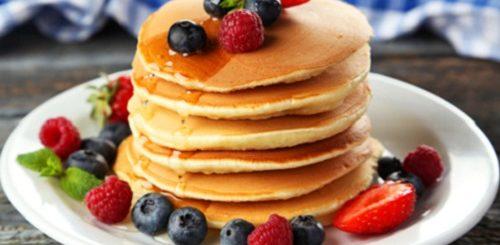 Какие блины пекут наМасленицу: рецепты накаждый день Масленичной недели