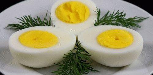 К чему снятся вареные яйца по соннику?