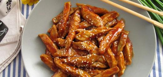 Жареные баклажаны в кисло-сладком соусе (китайская кухня)